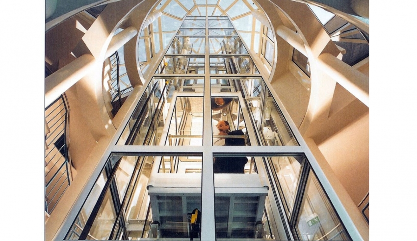 نصب آسانسور در کرج؛ نکات ایمنی طراحی و نصب آسانسور چیست؟