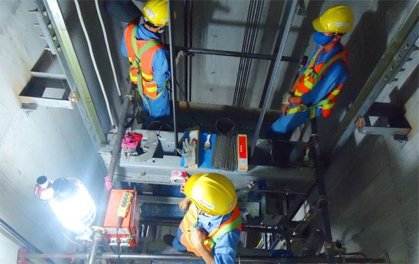 تعمیر و سرویس شبانه روزی آسانسور در کرج