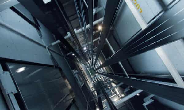 نصب آسانسور در کرج؛ آسانسور کششی چیست؟