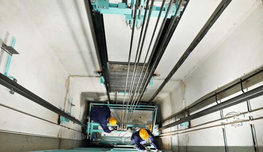 نصب آسانسور هیدرولیک در کرج؛ استاندارد های نصب آسانسور های هیدرولیکی
