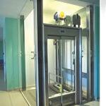 مقایسه و نصب آسانسور روملس و گیرلس